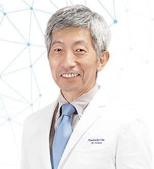 信田眼科院長の信田先生は白内障手術の手術例年間1500件以上